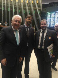 Davidson Herbert Gulá Presidente da FEPRAG com o Presidente do SEBRAE Guilherme Afif Domingos