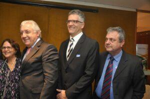 Carlos Vagner Peçanha e Denilson Lehn com o Presidente do Sebrae Guilherme Afif Domingos