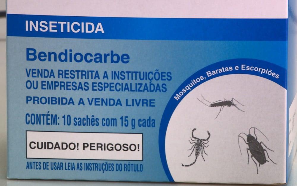 Veneno próprio para escorpiões é aplicado por empresas especializadas. — Foto: Ricardo Custódio/EPTV